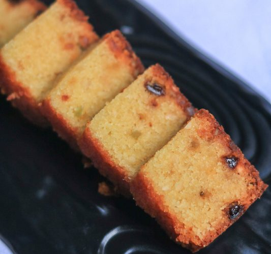 A fruitcake made with dried plums and semolina