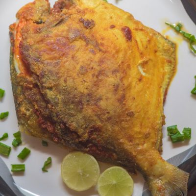 Stuffed Pomfret with Green Masala