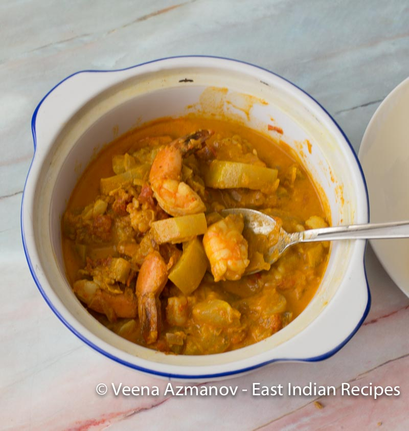 East Indian curry with prawn and white pumpkin temprade